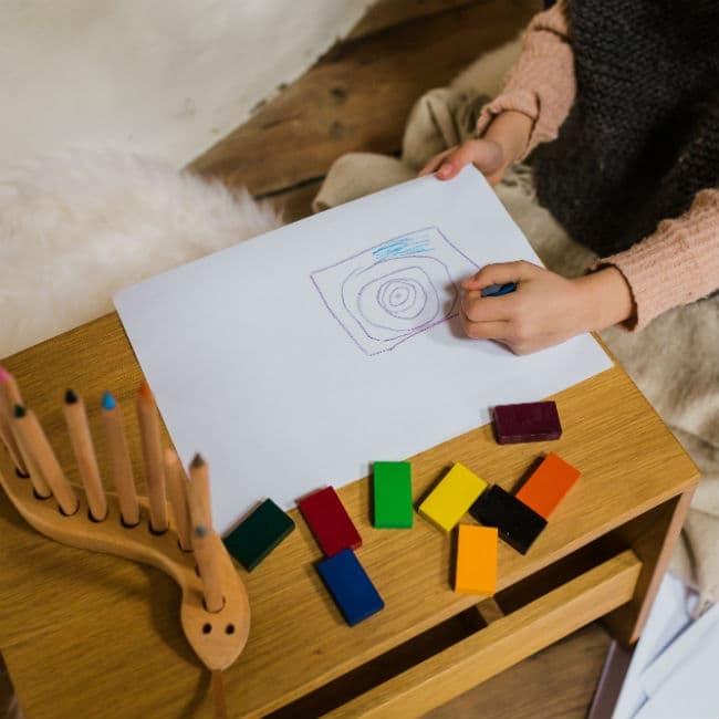 Akvarelpapir i god kvalitet til at tegne og male på
