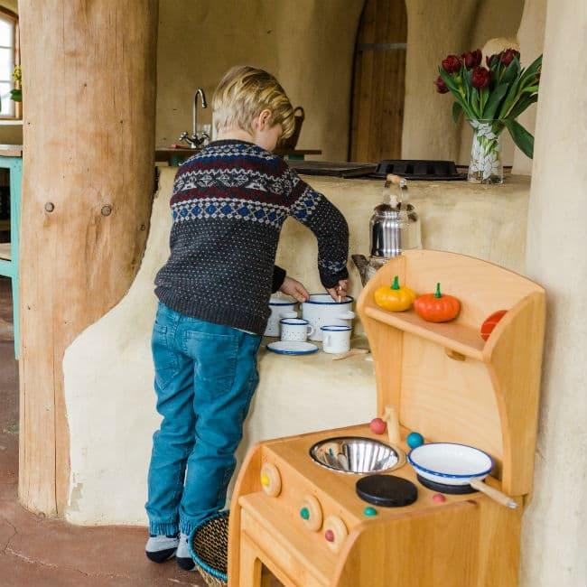 Legekøkken med fine detaljer