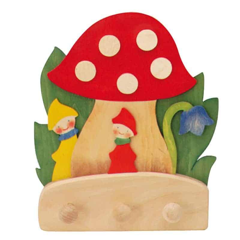 Knagerække med svampe og dværge